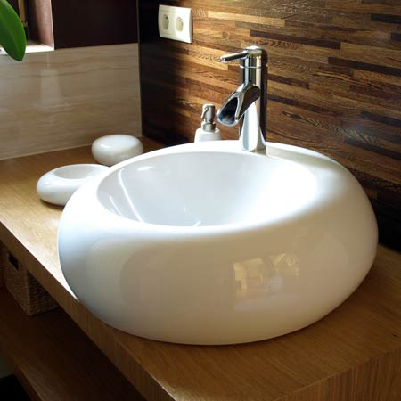 Round bathroom sink